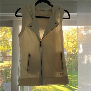 Roxy hoodie vest